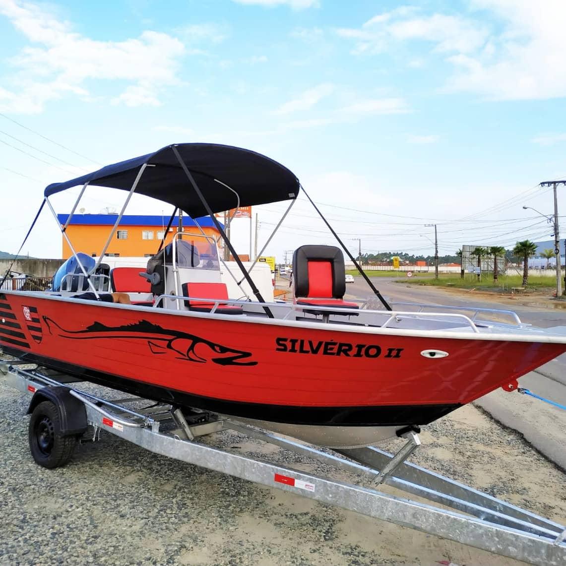 Barcos de Alumínio Personalizados